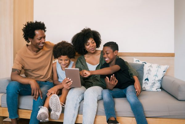 Financial Joy School portrait-african-american-family-taking-selfie-together-with-digital-tablet-home-family-lifestyle-concept-600x403 THE TOP 7 BOOKS EVERY INVESTOR SHOULD READ
